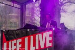 Life_I_Live_2015_-_011
