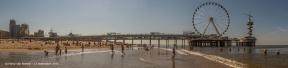 Scheveningen-Pier-met-reuzenrad-en-bungeejump-pano-1