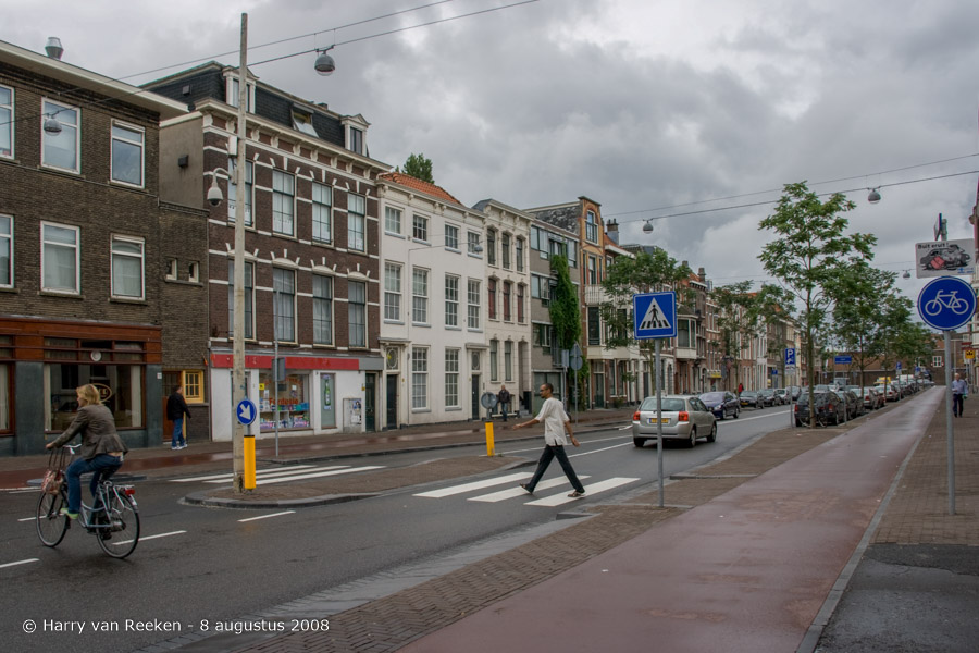 Amsterdamse-Veerkade-20080808-01
