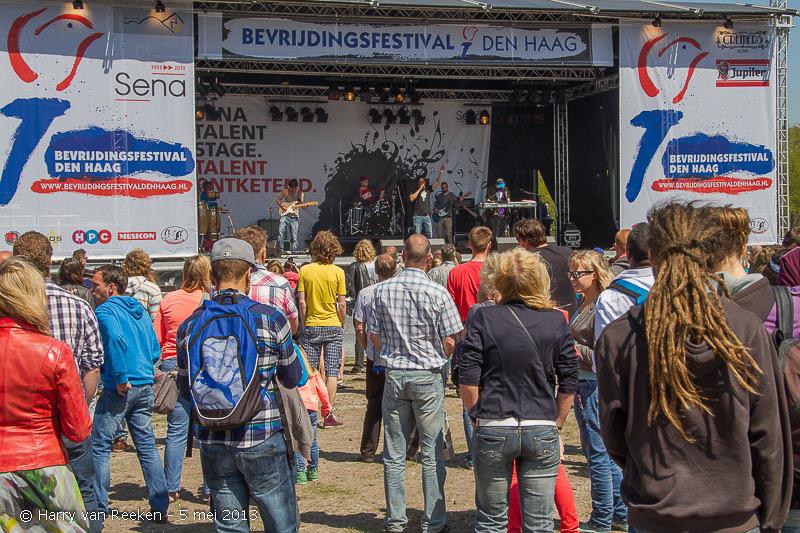 Bevrijdingsfestival_2013_-_Malieveld_-15