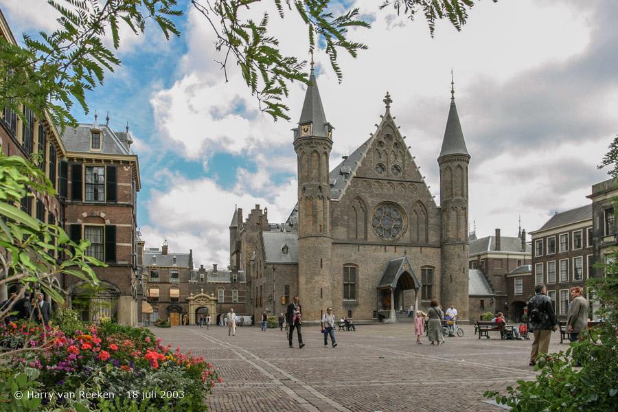 Binnenhof-20030718-02