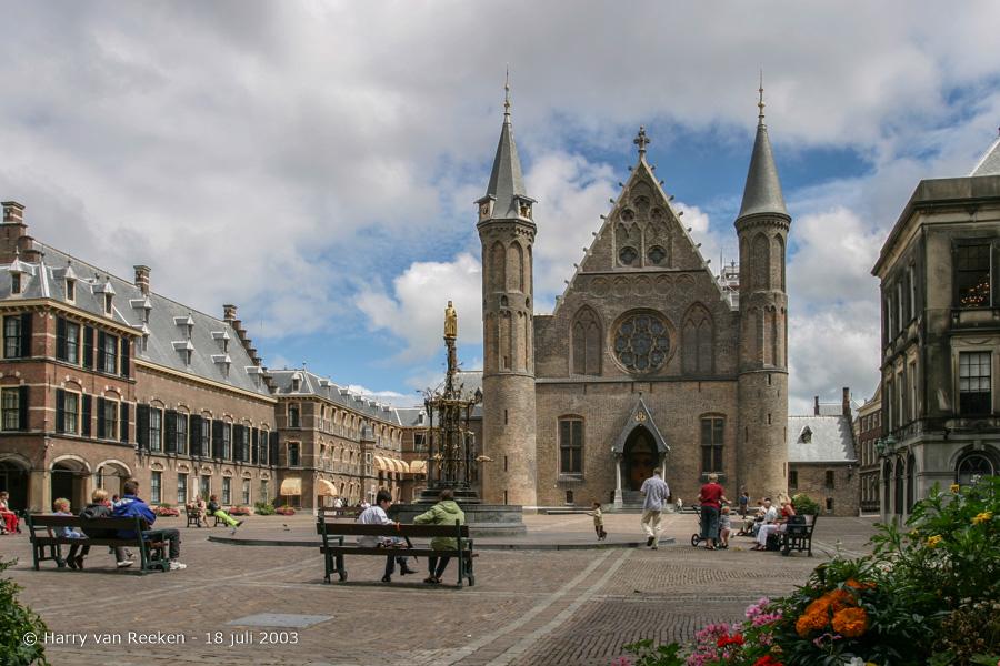 Binnenhof-20030718-04