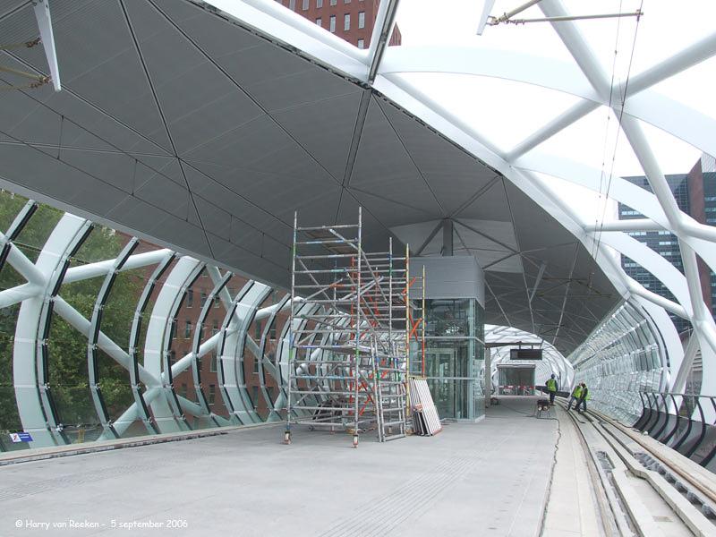20060905-03