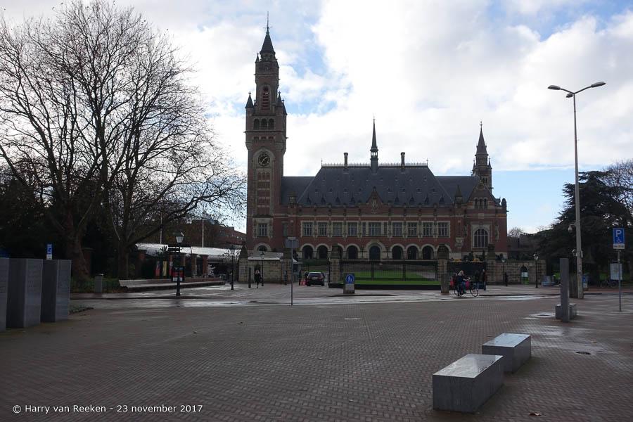 Carnegieplein - Vredespaleis - Archipelbuurt - 1