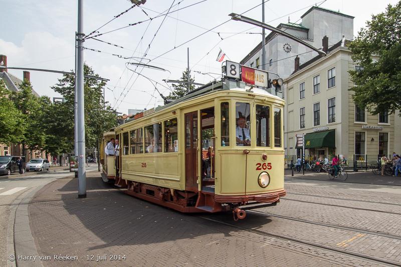 Oude_trams_-_Hofweg_-_Buitenhof-01