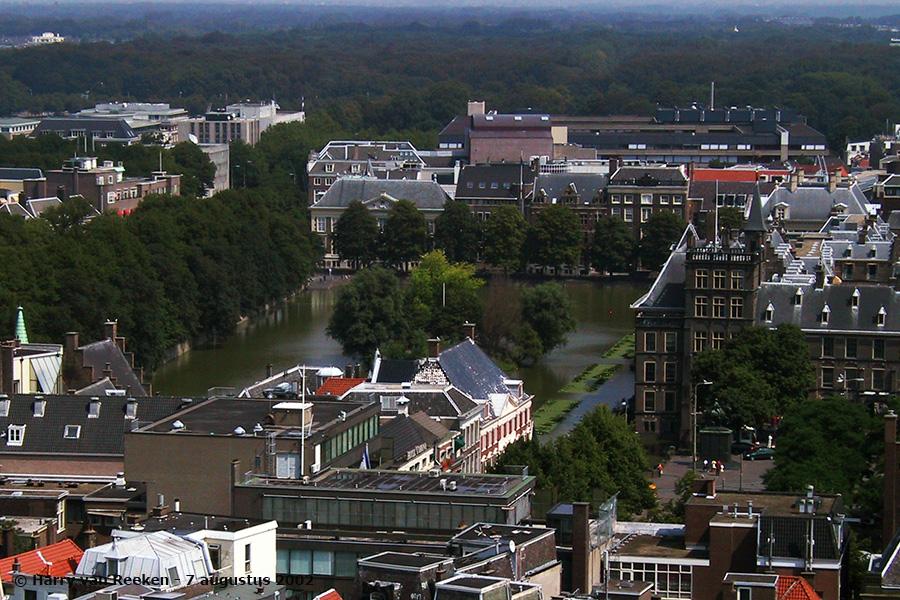 hofvijver-binnenhof-20020807-04