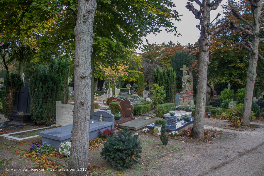 Kerkhoflaan - R.K. begraafplaats - Archipelbuurt -09