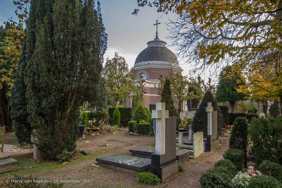 Kerkhoflaan - R.K. begraafplaats - Archipelbuurt -20