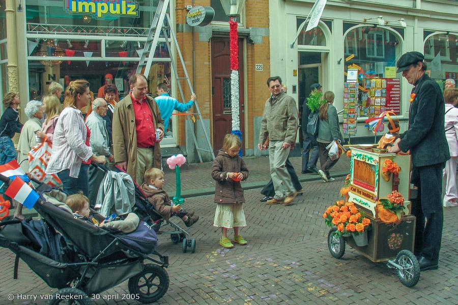Koninginnedag 2005 Scheveningen (1 van 59)