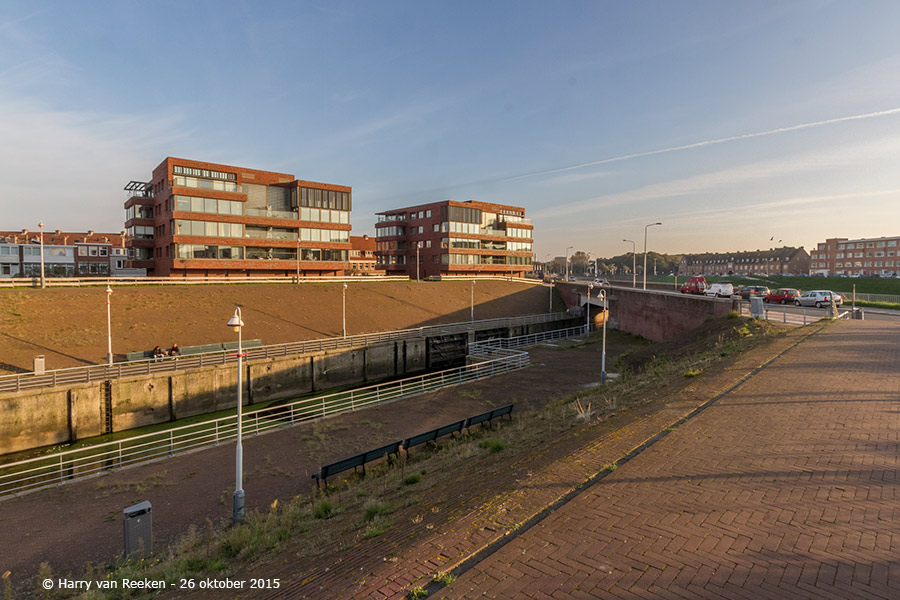Kranenburgweg-schutsluis-2e-Binnenhaven