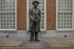 Lange Voorhout-16 maart 2001-2