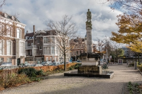 Nassauplein - PTT-monument - Archipelbuurt