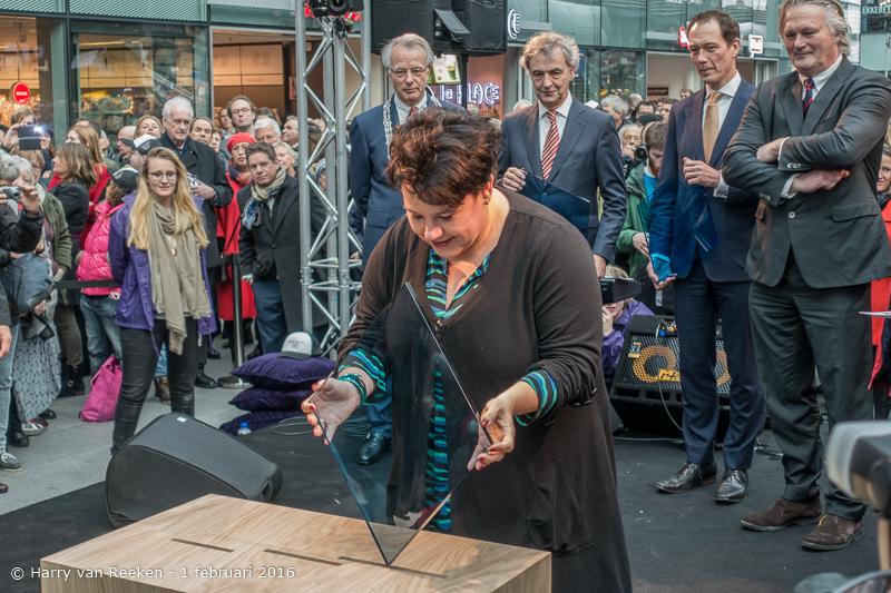opening den Haag CS -21