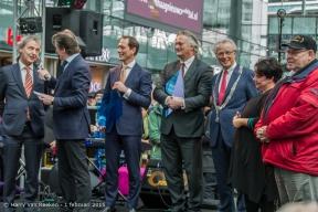 opening den Haag CS -19