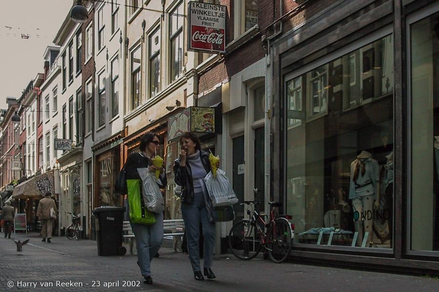 Papestraat-23042002