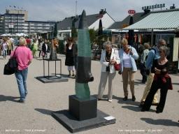 Bert van Loo - Thrill - Attached -